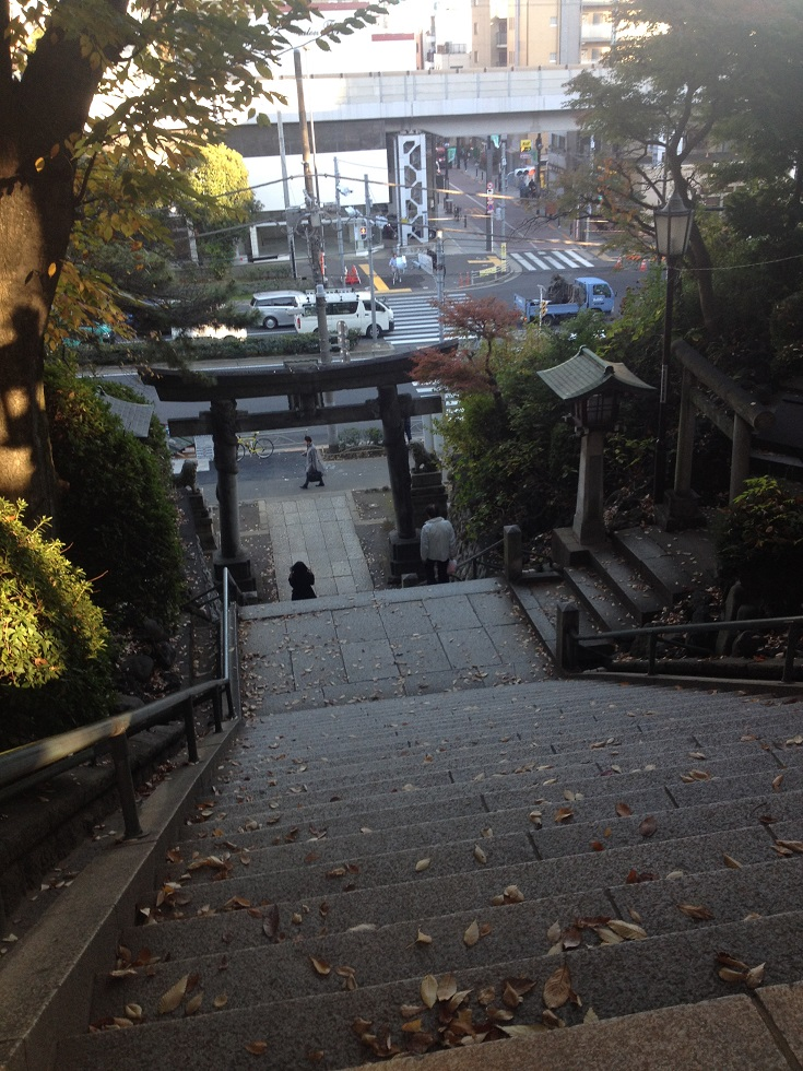 品川神社 石段下.jpg